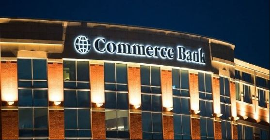 Commerce Bank Outside